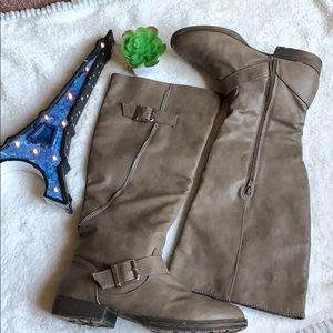 Just fab women boots 👢